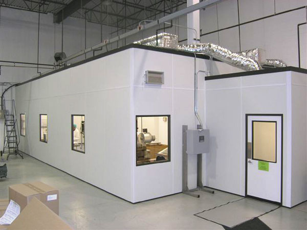 Modular Cleanroom with Gowning Room