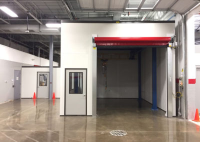 QC Room with High Speed Door and Bridge Crane